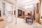 VIP апартаменты посуточно в Москве на ул. Казакова 8